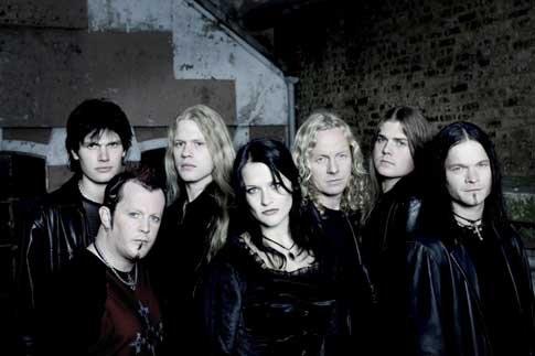 2005 - itt még Vibeke Stene norvég énekesnővel látható a csapat